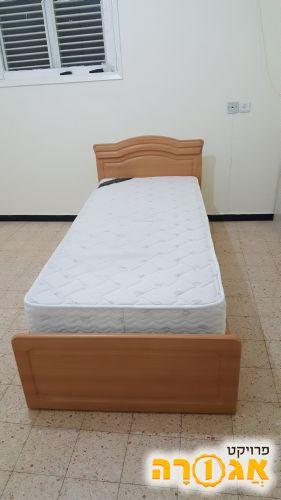 מיטה יחיד