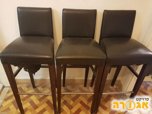 5 כיסאות בר שחורים