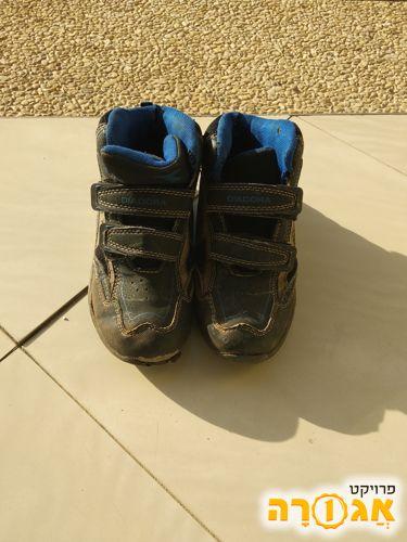 נעלים לבן