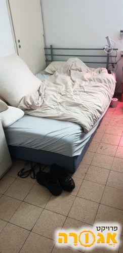 מיטה זוגית + ארגז