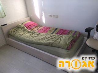 """מיטת נוער ברוחב 90 ס""""מ כולל מזרון"""