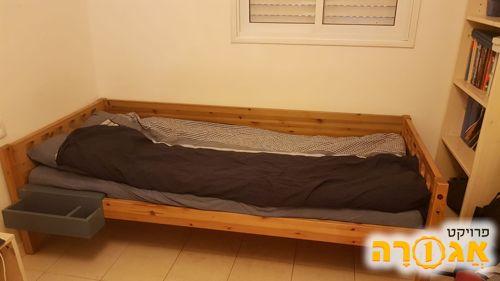 מיטת נוער ליחיד