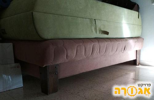 מיטה וחצי עם ארגז