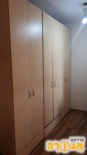 ארון 6 דלתות למסירה דחופה