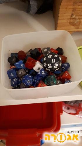קוביות משחק מרובות מספרים