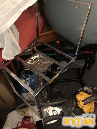 מסגרת של כסא בר