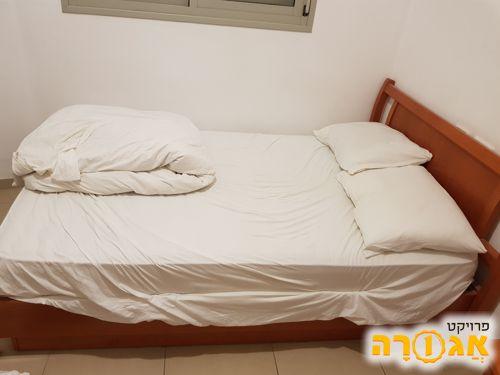 מיטה וחצי