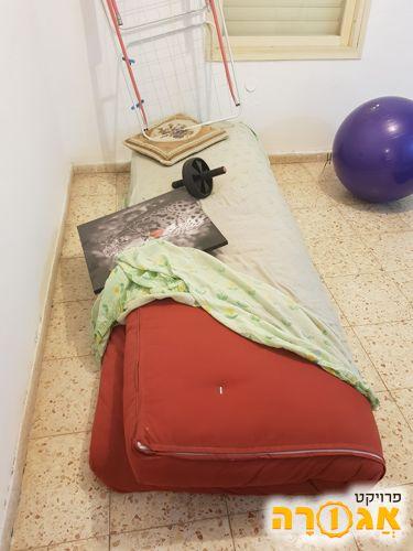מזרון פוטן ישן ללא מיטה