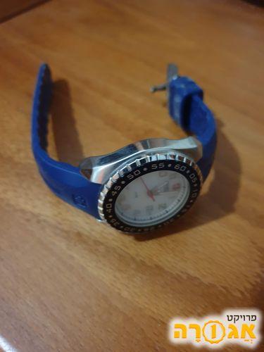 שעון יד Swiss Army לאשה