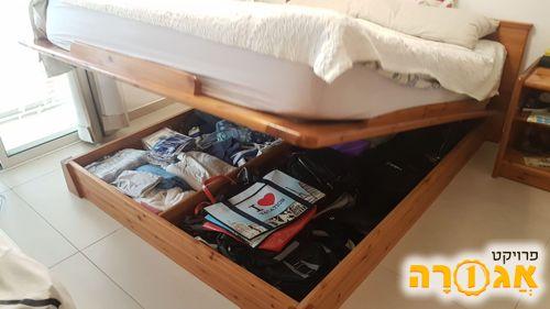 מיטה זוגית 160X200 עם ארגז מצעים