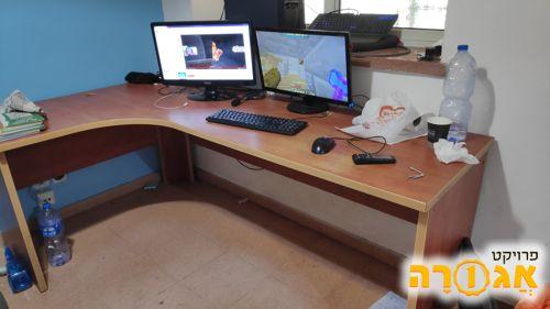 """שולחן מחשב 200*120 ס""""מ"""