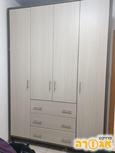 ארון 4 דלתות לחדר ילדים