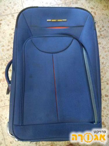 מזוודה ללא רוכסן לתא קידמי